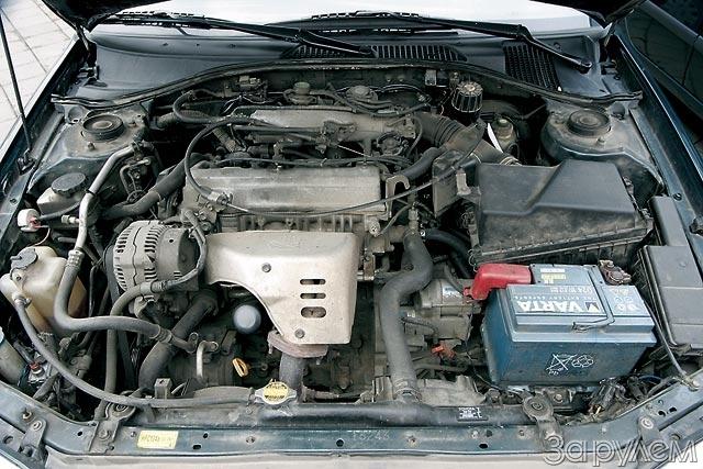 Двухлитровый двигатель 3S-FE – мощный и надежный. Разгон до сотни занимает менее 10 секунд (универсал – чуть медленнее), а «максималка» переваливает за 200 км/ч. Расход топлива на шоссе весьма умеренный – менее 7 л на 100 км.